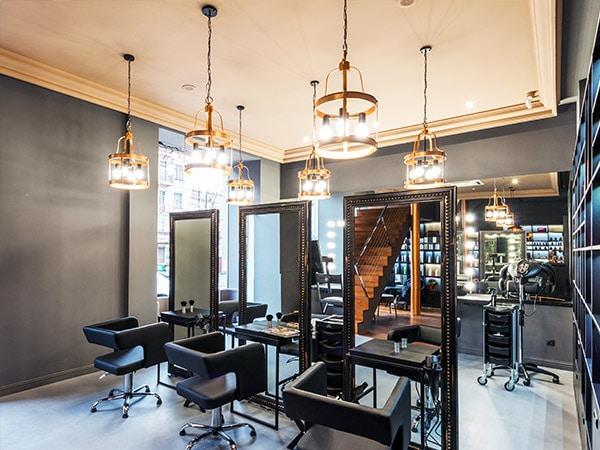 garage as a hair studio